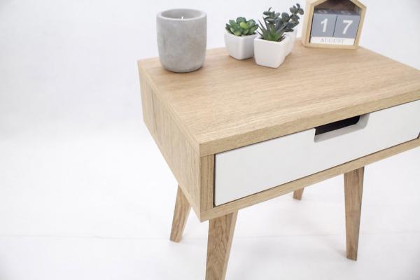 Dębowa Skandynawska Szafka Nocna Lea Mini z białą szufladą, designerska, nowoczesna, biała