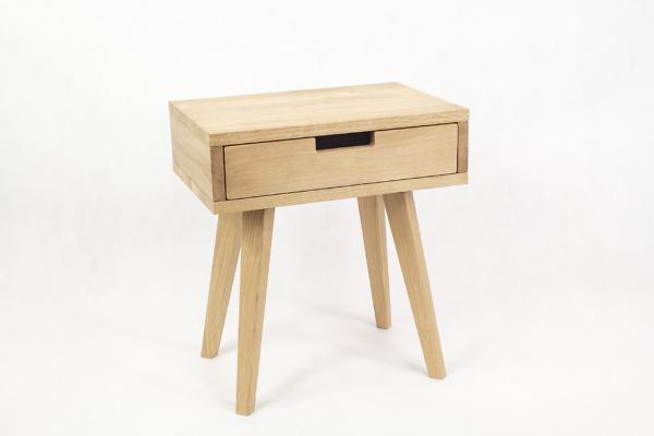 Dębowa lita szafka skandynawska nocna Lea Mini z szufladą - biały front